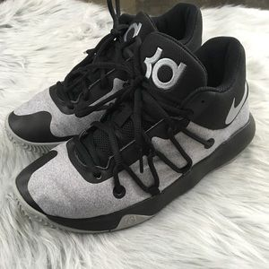 Black and gray KD Nike basketball shoes 6.5 youth